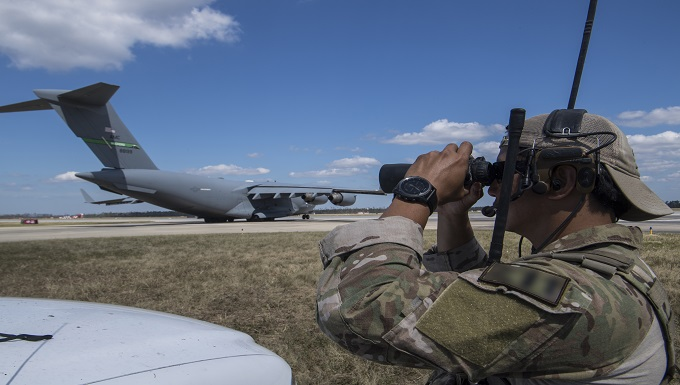 23rd STS guides Airpower into Tyndall AFB