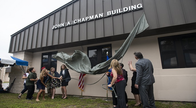 24th SOW dedicates building to MOH recipient Master Sgt. Chapman